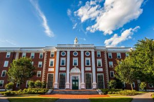 7 Tips to Get Into Harvard University